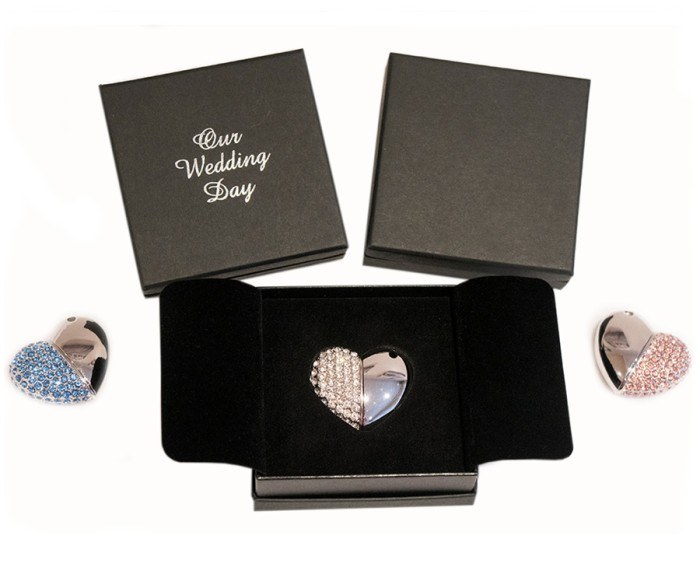 'Our Wedding Day' Box with Heart Shaped USB Drive Stick