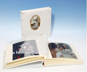 "Romantica Classic Studio 80 - Parents Cameo Wedding Album - Page Size 9"" x 8 3/4"""