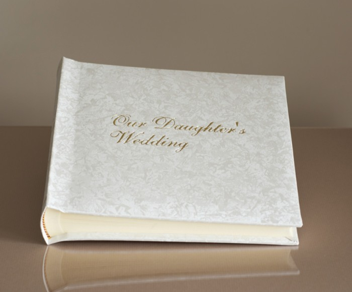 "Romantica Classic Studio 80 - Parents Wedding Photo Album - Page Size 9"" x 8 3/4"""