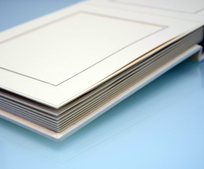 "Cream Slip In Wedding Photo Album for 30 or 50 - 8"" x 6"" - Landscape Photos"