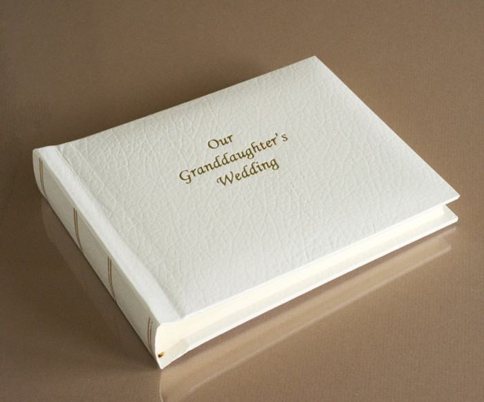 "St James Classic Mini - Wedding Album - Page Size 6"" x 8"""
