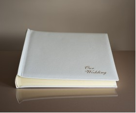 "St James Classic Three - Wedding Album - Page Size 13 3/4"" x 13 3/4"""